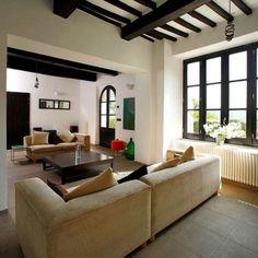 Villa in Umbria Villa, Couch, Furniture, Home Decor, Settee, Decoration Home, Sofa, Room Decor, Home Furnishings