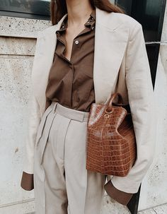 By Aylin Koenig Linen Blazer , Peter Do Convertible voile shirt , Arket Wool Flannel Trousers , Elleme Raisin Leather Bag Beige Outfit, Monochrome Outfit, Brown Outfit, Business Casual Outfits, Chic Outfits, Summer Outfits, Business Wear, Blazer Outfits, Grey Fashion