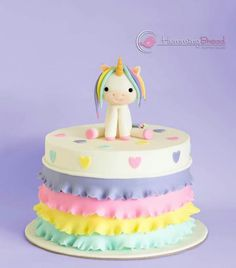 Unicorn and ruffles Birthday Party Snacks, Baby Birthday Cakes, Girly Cakes, Cute Cakes, Diy Unicorn Cake, Music Themed Cakes, Far Breton, Little Pony Cake, Cake Templates