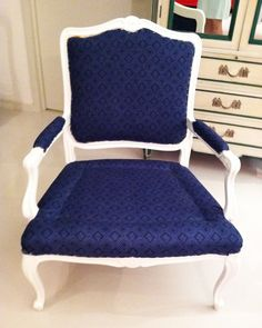 DIY how to reupholster a chair tutorial. This links to Part 3. Links to Parts 1 and 2 are on the page.