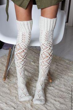 Crochet Socks Pattern, Crochet Shoes, Crochet Clothes, Knit Crochet, Crochet Patterns, Mode Crochet, Argyle Socks, Diy Vetement, Sexy Socks