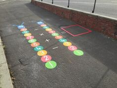 Playground Painting, Playground Games, Asphalt Games, Paint Games, School Murals, Classroom Walls, Classroom Ideas, Outdoor Learning, Backyard Games
