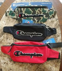 Men & Women Champion Crossbody-Fannypacks for Sale in Athens, GA - OfferUp Stylish Fanny Pack, Champion Clothing, Two Piece Pants Set, Swag Outfits Men, Everyday Bag, Backpack Purse, Black Handbags, Evening Bags, Edc