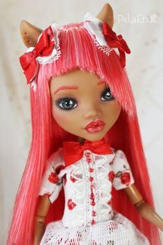 Ever-After-Monster-High-Custom-Repaint-Art-doll-OOAK-Clawdeen-Wolf