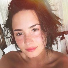 No make up selfie for Devonne by Demi