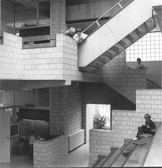 Herman Hertzberger - Apollo School
