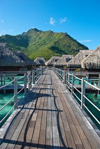 MOOREA - Walkways connecting the bungalows