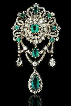 1860. Mellerio dits Meller. Emerald and diamond devant de corsage made for the Empress Eugenie.