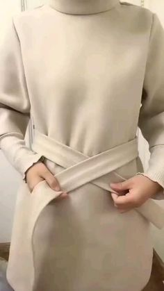 Diy Clothes Life Hacks, Clothing Hacks, Diy Fashion Hacks, Fashion Tips, Casual Outfits, Fashion Outfits, Hijab Casual, Sari Blouse, How To Wear Scarves