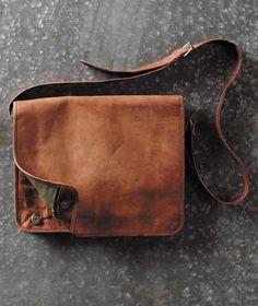 Effortlessly Cool Men's Bags - Messenger Bag - Carbon2Cobalt