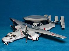 A version of the Grumman Hawkeye all-weather Airborne Early Warning aircraft used by the Japan Air Self-Defense Force (they have 13 i. Hawkeye, Paper Toys, Paper Crafts, Old Stone Houses, Exploding Box Card, Paper Models, Fighter Jets, Aircraft, Paper Planes