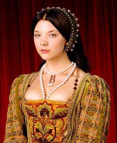 costumes the tudors | Anne Boleyn, 'The Tudors'