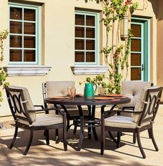 4c8e567ab495 BELLEVUE COLLECTION Stocked in two different Sunbrella fabrics, the  Bellevue collection features curved seating pieces and dining furniture.