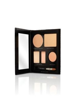 The Flawless Face Book Portable Complexion Palette (Nude):- Tinted Moisturizer Crème Compact Broad Spectrum SPF 20 Sunscreen in Nude- Secret Concealer #2- Secret Camouflage SC-2- Mineral Pressed Powder in Real Sand- Travel-size Secret Camouflage brush- Double-sided sponge- InstructionsThe Flawless ...
