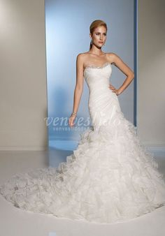 Cheap vestido de noiva, Buy Quality de noiva directly from China beaded bridal gown Suppliers: High Fashion Vintage Mermaid Wedding Dresses 2015 Sweetheart Beaded Bridal Gowns Organza Ruffles Vestidos De Noivas Wedding Dress Styles, Dream Wedding Dresses, Designer Wedding Dresses, Bridal Dresses, Wedding Gowns, Bridesmaid Dresses, Ivory Wedding, Prom Dresses, Ladies Dresses