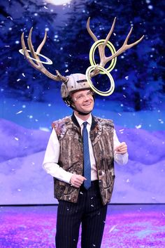 """Martin plays """"antler ring toss"""" with Jimmy Fallon on The Tonight Show (12-12-14)"""