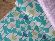 Japanese flower outlines LINEN mix in teals