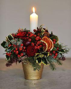 Fantastic Ideas For Red Floral Arrangement (28)