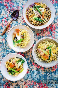 Crispy noodle nests - Crunchy noodles wilt under the hot sticky sauce...