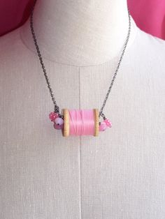 Vintage thread spool jewelry. Must make!
