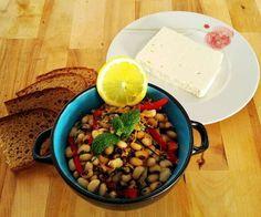 Συνταγή: Μαυρομάτικα φασόλια σαλάτα με σπανάκι και βινεγκρέτ εσπεριδοειδών via @enalaktikidrasi