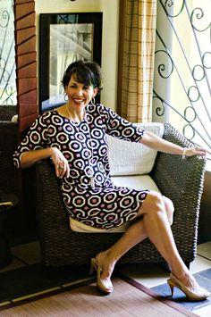 A mod sheath dress and neutral heels, comfortable but still ultra flattering