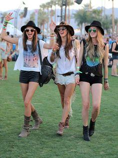 Big hats and big glasses // Festival fashion