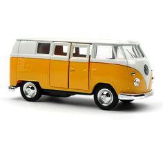 Hebbes (in het oranje) - Volkswagen busje M geel
