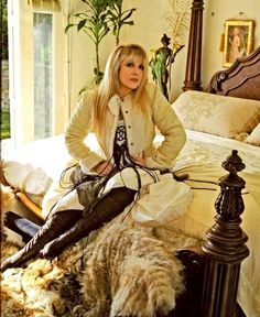 Stevie Nicks (and a great bedroom).