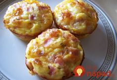 Ham Egg and Cheese Muffins . very moist & flavorful. Love the addition of dill to these savory breakfast muffins! Ham Recipes, Brunch Recipes, Cooking Recipes, Recipies, Dinner Recipes, Breakfast Dishes, Breakfast Recipes, Breakfast Muffins, Breakfast Sandwiches