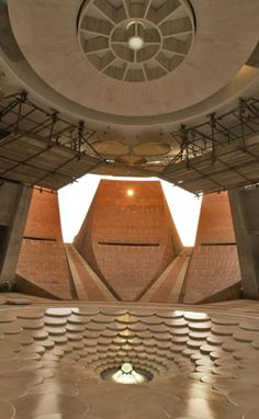 Auroville, Tamil Nadu, India - Lotus Pond beneath the Matrimandir. Architecture Concept Drawings, Ancient Architecture, Amazing Architecture, Architecture Details, Haiti, Auroville India, Bay Of Bengal, Lotus Pond, Meditation Center