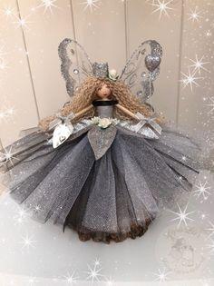 Fabric Dolls, Paper Dolls, Art Dolls, Fairy Crafts, Doll Crafts, Christmas Fairy, Christmas Crafts, Doll Making Tutorials, Clothespin Dolls