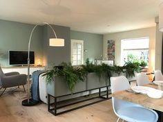 Meubels in de kleurrijke woonkamer - Eigen Huis en Tuin