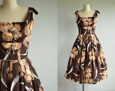 Vintage 50s Shaheen Dress / 1950s Alfred Shaheen Hawaiian Sundress Brown Yellow Hibiscus Floral Tiki Print / Made in Hawaii