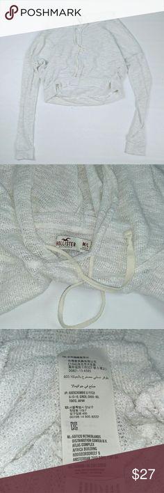 Hollister Cropped Hood White Loose Knit M Hollister Cropped Hood White Loose Knit Sz. MEDIUM  High Low hemline  drawstrings  Side slits Hollister Tops Crop Tops