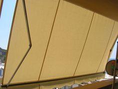 Tenda a caduta verticale per copertura di porta finestra
