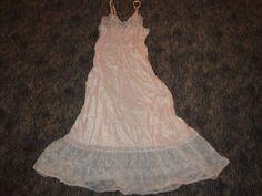 ~ Vintage 1940s/50s Slip Gown Satiny Soft Lady Lynne Pedicrest Lace Nylon Slip #LadyLynne #Slip