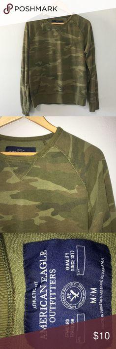 8cdb108dd30c Camouflage American Eagle CrewNeck Soft and cozy American Eagle camo  CrewNeck sweatshirt.