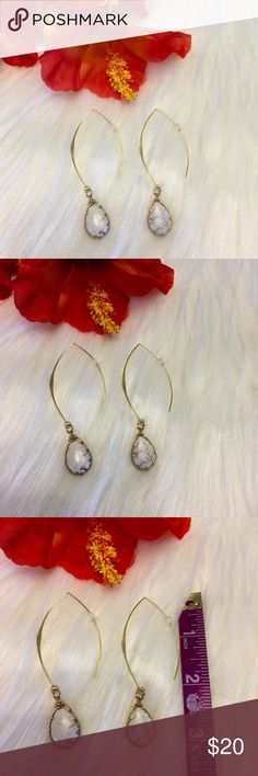 """💖18k White Marble Natural Stone Teardrop Earrings Simple And Trendy, These White Marble Natural Stone Drop Earrings Are Sure To Bring A Ton Of Compliments Your Way!!! Fish Hook Backs That Are 18k Gold Plated. Perfect For Sensitive Ears. Measuring Approx 3"""" Flat From Top To Bottom. Stone Is Approx 1"""" In Length. Boutique Jewelry Earrings"""