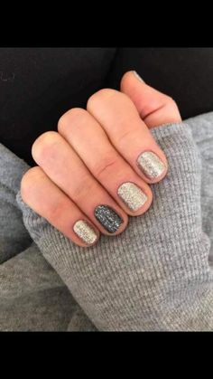 Color Street Nails are 100% Nail Polish Strips! This combo is Tinseltown with a Moon River accent!