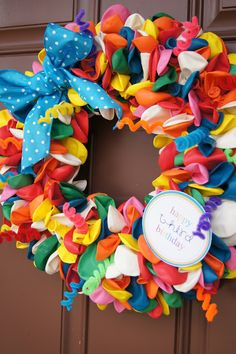 birthday wreath out of baloons