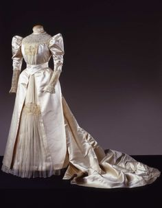 Wedding dress ca. 1895
