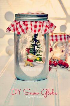 35 Χριστουγεννιάτικες κατασκευές απο άδεια γυάλινα βάζα!