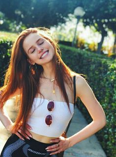 Uploaded by Be Kind, Always. Find images and videos about celebrity, riverdale and madelaine petsch on We Heart It - the app to get lost in what you love. Cheryl Blossom Riverdale, Riverdale Cheryl, Riverdale Cast, Madelaine Petsch, Beautiful People, Most Beautiful, White Tube Tops, Photo Instagram, Celebs