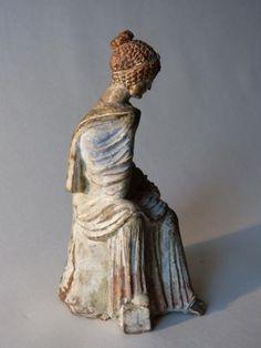 Antiquité Statue féminine grecque terre cuite Tanagra