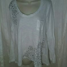 COVINGTON TOP-SIZE XL-NWT -Covington Top -Size XL -Brand New with Tags -Long sleeved -White with Blue flowered design by shoulder and waistline -Small pocket in front -100% Cotton Covington Tops Tees - Long Sleeve