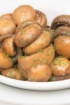 Easy 5 Ingredient Slow Cooker Marinated Mushrooms Recipe with Soy Sauce Marinated Mushrooms, Stuffed Mushrooms, Stuffed Peppers, Recipes With Soy Sauce, Side Dish Recipes, Slow Cooker Recipes, Crockpot Recipes, Seafood Recipes, Chicken Recipes