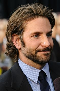 How to Get Bradley Cooper Hairstyle 9229 Bradley Cooper Bradley Cooper – Men's Hairstyles and Beard Models Medium Hair Cuts, Long Hair Cuts, Medium Hair Styles, Medium Length Hair Men, Mens Medium Length Hairstyles, Bradley Cooper Haircut, Bald With Beard, Tapered Haircut, Hair Images
