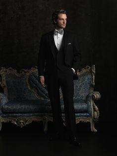 modern chic tuxedo nashville, allure bridals, sleek, fitted, plain front, high end tuxedo, black, onyx, nashville grooms, #nashvillegrooms, @Street Tuxedos, allure men