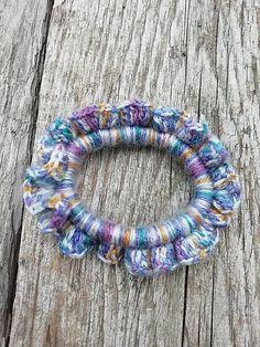 SalixAlba / Háčkované gumičky do vlasov (Pestrofarebná) Friendship Bracelets, Crochet Necklace, Jewelry, Fashion, Moda, Jewlery, Crochet Collar, Bijoux, La Mode